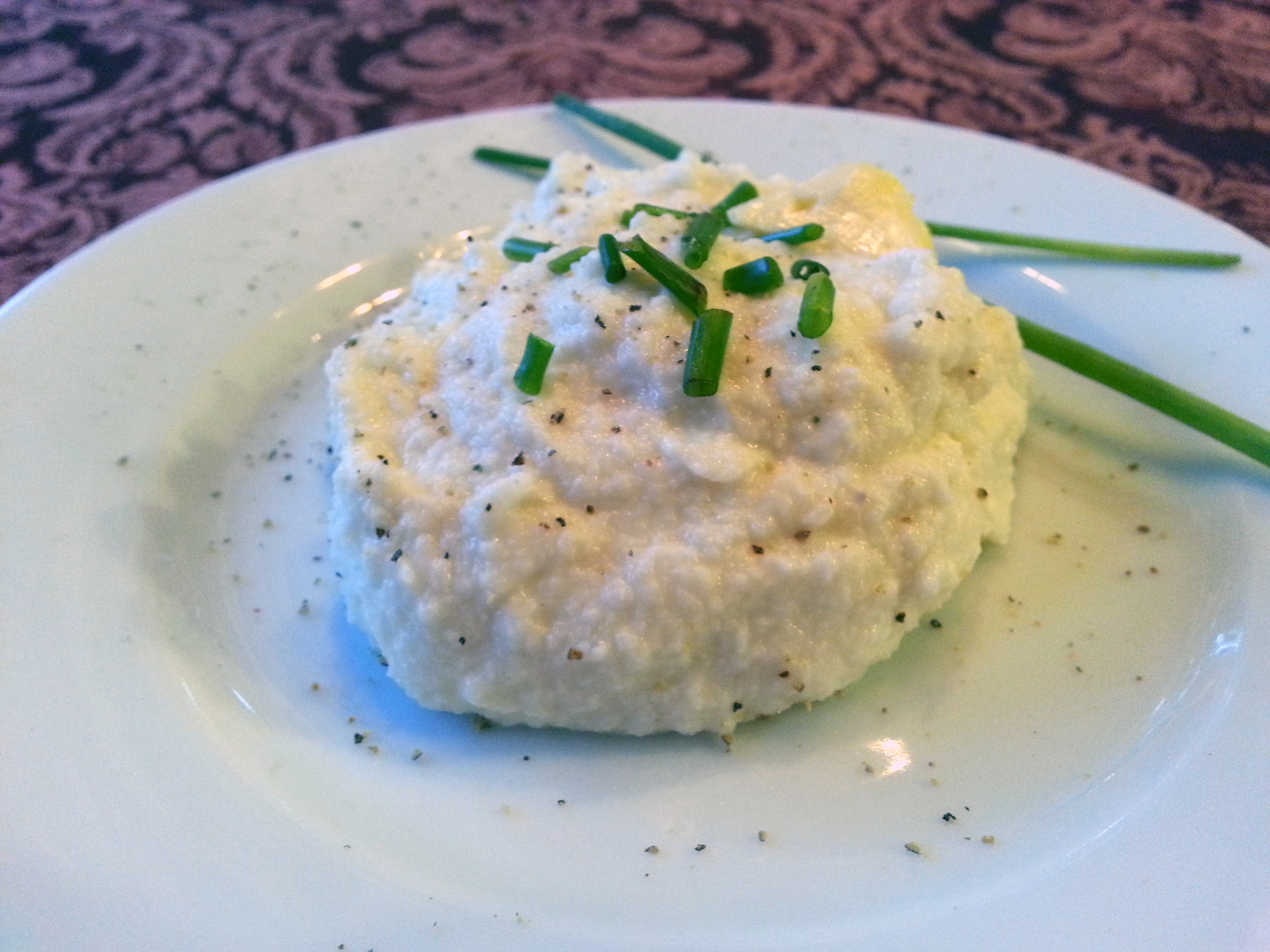 Cauliflower sour cream and chive mash