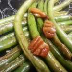 Spicy Green Beans with Pecans