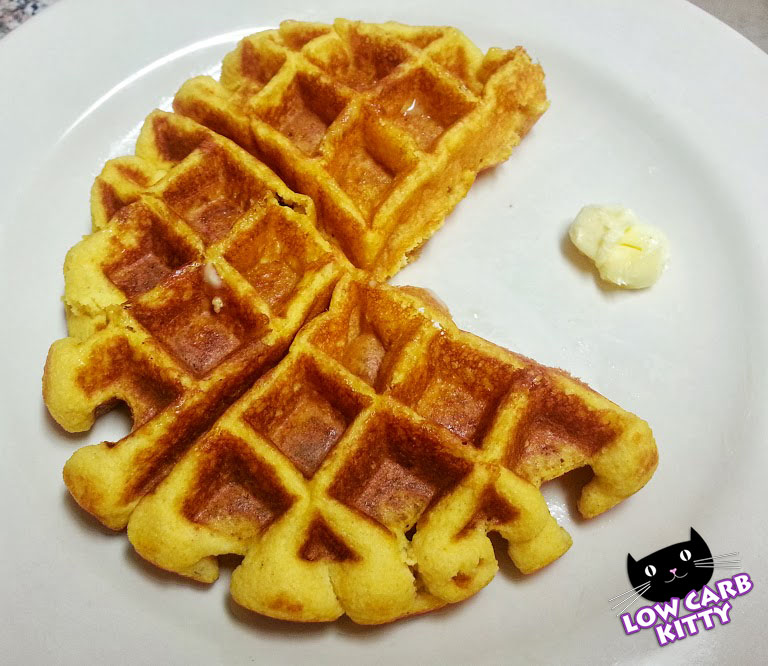 Recipe: Low Carb Pumpkin Waffles - Low Carb Kitty!