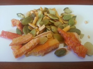 Pumpkin seeds, cheese and bell pepper Snack Pack